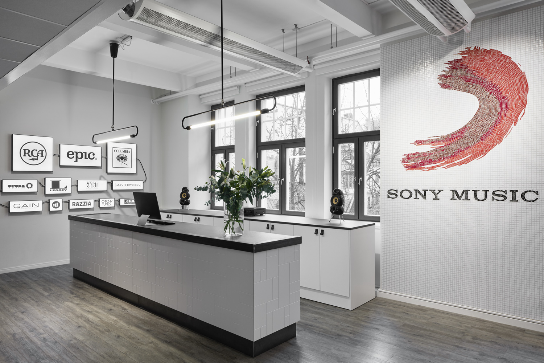 Sony-152
